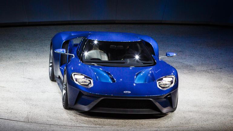 2016 FORD GT front design