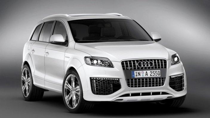 2016 Audi Q7 front design
